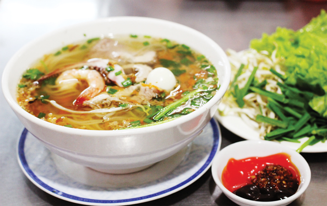 Hủ Tiếu - The favorite noodle soup in Saigon